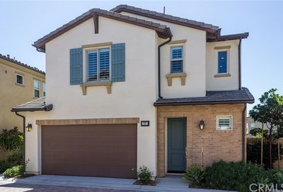 77 Clover Lake Forest CA 92630