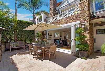 621 Poppy Avenue Corona Del Mar CA 92625