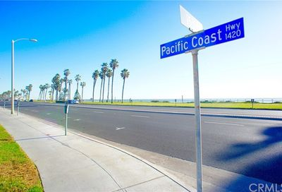1400 Pacific Coast Unit 121 Huntington Beach CA 92648
