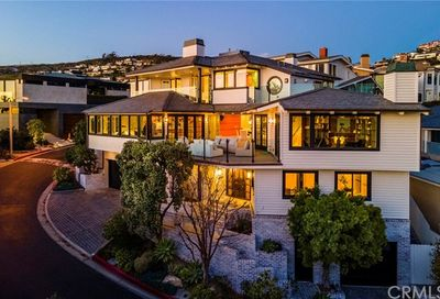 33 Emerald Bay Laguna Beach CA 92651