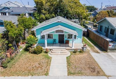 908 Walnut Avenue Long Beach CA 90813