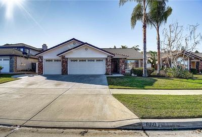 660 Black Oak Circle Corona CA 92881