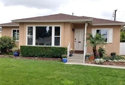 4849 Fidler Avenue Long Beach CA 90808