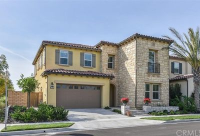 17 Macatera Lake Forest CA 92630
