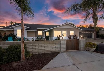 461 16th Place Costa Mesa CA 92627