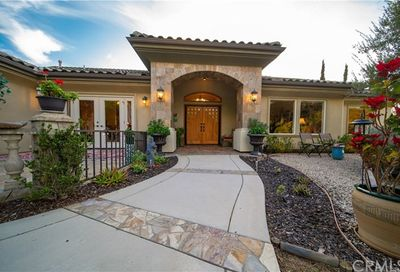 604 Via Cumbres Fallbrook CA 92028