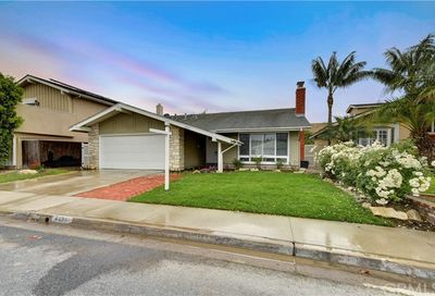 4424 Ironwood Avenue Seal Beach CA 90740
