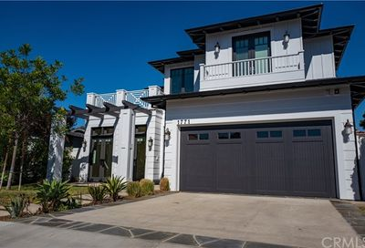 1771 Ruhland Avenue Manhattan Beach CA 90266