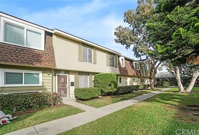 8216 Eastport Drive Huntington Beach CA 92646