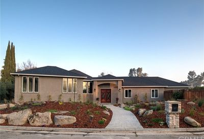 6190 Country Club Place Merced CA 95340