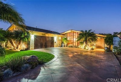 4376 Clubhouse Drive Lakewood CA 90712