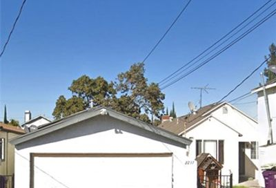 2237 E Harding Street Long Beach CA 90805