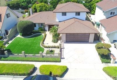 11363 Snowdrop Avenue Fountain Valley CA 92708
