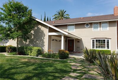 686 Cliffwood Avenue Brea CA 92821