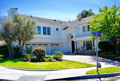 16831 Harkness Circle Huntington Beach CA 92649