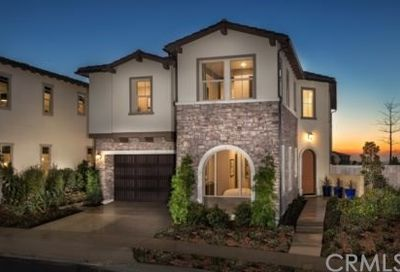 2060 Aliso Canyon Dr Lake Forest CA 92610