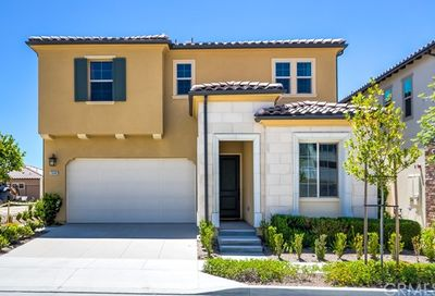 2048 2048 Aliso Canyon Dr Lake Forest CA 92610