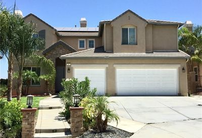 11 Via Niccolo Court Lake Elsinore CA 92532