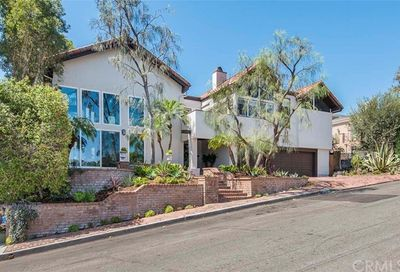3211 N Poinsettia Avenue Manhattan Beach CA 90266