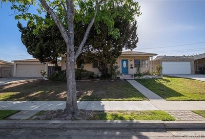 3529 Eucalyptus Avenue Long Beach CA 90806