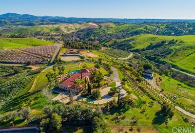 5104 Olive Hill Trail Bonsall CA 92003