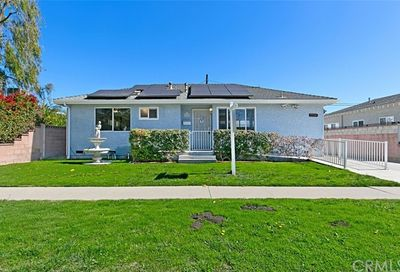 3334 Clark Avenue Long Beach CA 90808