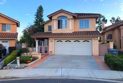 68 Tavella Place Lake Forest CA 92610