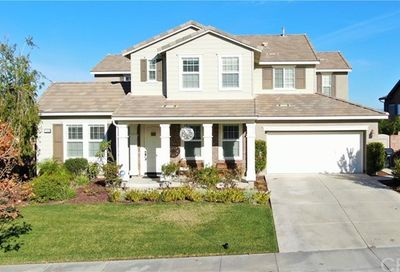 11352 Bluebird Way Corona CA 92883