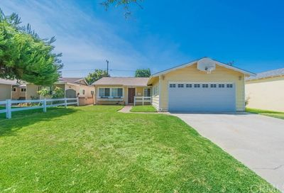 11434 205th Street Lakewood CA 90715