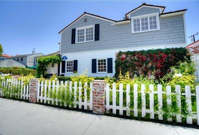 46 Giralda Walk Long Beach CA 90803