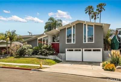 1420 Crestview Avenue Seal Beach CA 90740