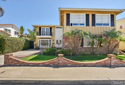 4624 Elder Avenue Seal Beach CA 90740