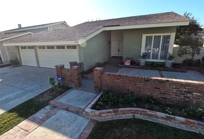 17961 Bluegate Lane Huntington Beach CA 92647