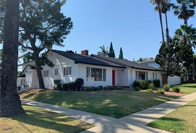 3601 Pine Avenue Long Beach CA 90807