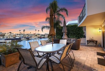 46 Balboa Coves Newport Beach CA 92663
