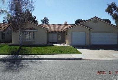 2747 Peach Tree Street Hemet CA 92545