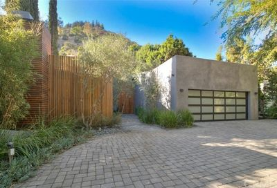 1465 Benedict Canyon Drive Beverly Hills CA 90210