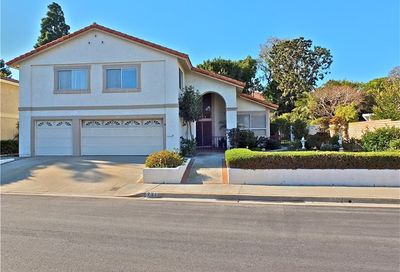 721 Pepper Tree Lane Long Beach CA 90815