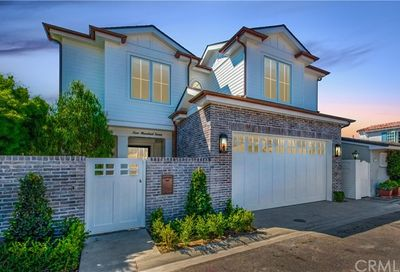 207 Via Ithaca Newport Beach CA 92663