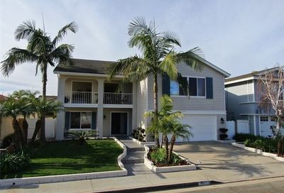 4272 Dogwood Avenue Seal Beach CA 90740