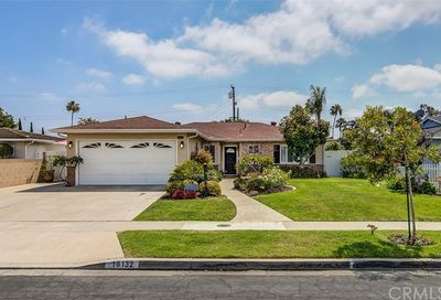 18132 Wharton Lane Huntington Beach CA 92646