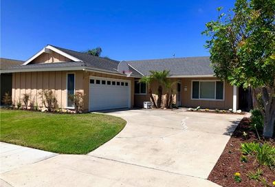 17771 Quintana Lane Huntington Beach CA 92647