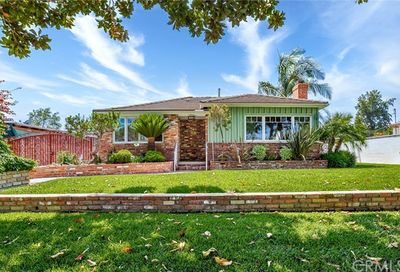 4441 Charlemagne Avenue Long Beach CA 90808
