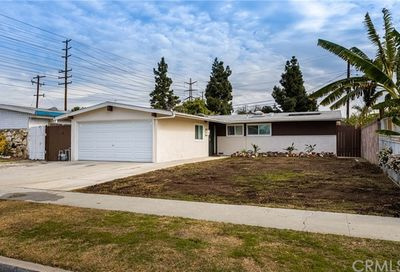 19912 Flallon Avenue Lakewood CA 90715