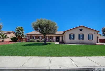 30618 Via Lakistas Lake Elsinore CA 92530