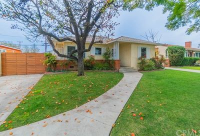 3176 Chatwin Long Beach CA 90808