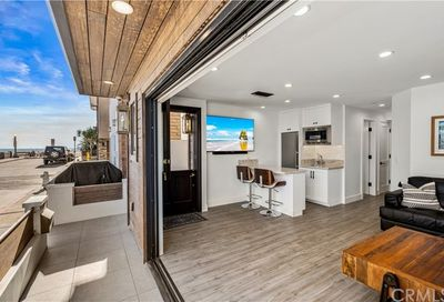 109 26th Street Newport Beach CA 92663