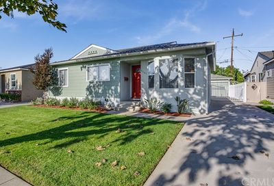 6547 Walkerton Long Beach CA 90808