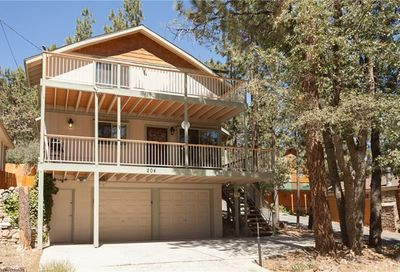 204 Vista Avenue Sugar Loaf CA 92386
