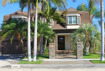 3066 N Greenbrier Road Long Beach CA 90808